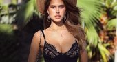 Kara Del Toro continues to WOW her social media followers